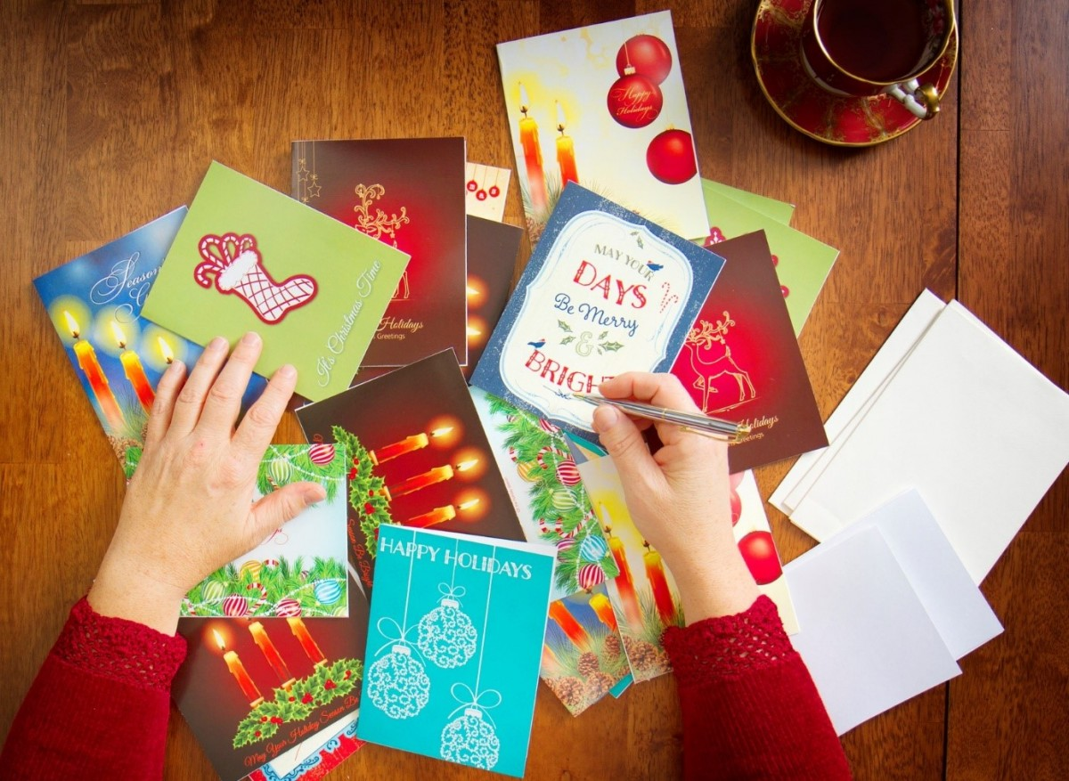 5 tips for sending Christmas cards